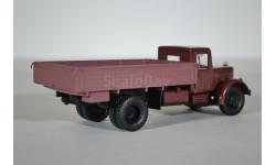 ЯАЗ-200 бортовой (тёмно-красный), масштабная модель, Автоистория (АИСТ), 1:43, 1/43
