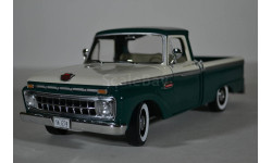 Ford F-100 Custom Cab Pickup 1966 - Wimbledon White  Holly Green