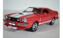 FORD Mustang II Cobra II 1978 красный с белыми полосами, масштабная модель, Greenlight Collectibles, 1:18, 1/18