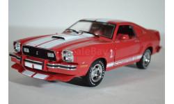 FORD Mustang II Cobra II 1978 красный с белыми полосами
