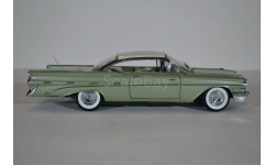 Pontiac Bonneville Hard Top - cameo ivory/dundee green 1959, масштабная модель, Sunstar, scale18
