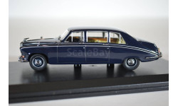 Daimler DS420 Limosine Dark Blue 1971