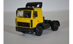 МАЗ-5432, жёлто-чёрный, сборная модель автомобиля, AVD для SSM, 1:43, 1/43