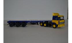 МАЗ 6422 ж-с с полуприцепом-контейнеровозом МАЗ-938920