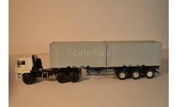 КАМАЗ-44108 седельный тягач  (SSM) + полуприцеп-контейнеровоз МАЗ-938920