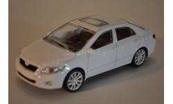 Toyota Corolla белая, масштабная модель, scale43, Rastar