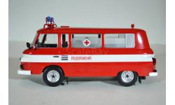 BARKAS B1000 Bus Fire Brigade Ambulance 1965 Скорая помощь пожарной бригады, масштабная модель, IST Models, scale18