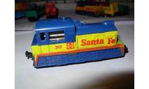 тепловоз маневровый американской дороги Santa Fe 1/120 TTm 9mm Aurora Мексика 1:120, железнодорожная модель