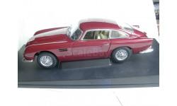 модель 1/18 Aston Martin DB5 AutoArt металл 1:18, масштабная модель