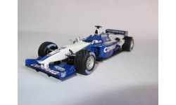 модель F1 Формула-1 1/43 BMW Williams FW23 2001 #5 Ralf Schumacher Minichamps/PMA металл