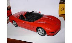 модель 1/18 Chevrolet Corvette 1998 C5 Cabrio Burago металл, масштабная модель, 1:18