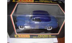 модель 1/18 Chevrolet DeLuxe Convertible 1941 Universal Hobbies металл 1:18, масштабная модель