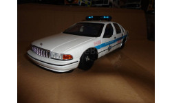 модель 1/18 Chevrolet Caprise Chicago Police USA полиция UT