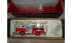 1/50 модель пожарной машины Mack CF pumper Bethpage NY USA Corgi металл