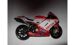 1/18 модель гоночный мотоцикл Ducati 1198 Corse #84 Maisto металл 1:18