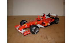 модель F1 Формула 1 1/18 Ferrari F2002 #1 M.Schumacher / Шумахер Mattel/Hot Wheels металл 1:18 с гряэью