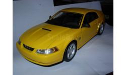модель 1/18 Ford Mustang 1999 GT Maisto металл