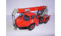 модель пожарный кран 1/50  Grue Richier  Solido France металл 1:50