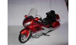 1/18 модель мотоцикл Honda Gold Wing Maisto металл 1:18