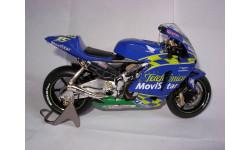 модель 1/12 гоночный мотоцикл HONDA - RC211V TELEFONICA MOVISTAR N 15 MOTOGP 2004 S.GIBERNAU Altaya металл 1:12