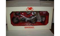 1/12 модель мотоцикл  Honda RC30 1990 Isle Of Man 8 Carl Fogarty Universal Hobbies металл 1:12, масштабная модель мотоцикла, scale12