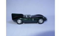 гоночная модель 1/43 Jaguar D-type Schuco металл