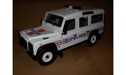 модель 1/18 LandRover Defender 110 France Police полиция Universal Hobbies  металл, масштабная модель, 1:18, Land Rover