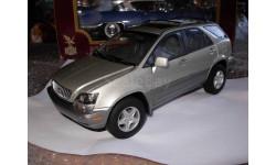 модель 1/18 Lexus RX300, серебристый, Autoart  металл