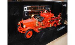 модель 1/24 пожарный Maxim C-2 1923 gold 24K Yatming / Signature Series металл пожарная 1:24