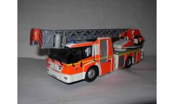 1/43 пожарный MB Mercedes Benz Econic Metz L32 'Düsseldorf' пожарная лестница/fire ladder Wiking металл без коробки 1:43 Mercedes-Benz Мерседес, масштабная модель