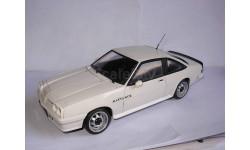 модель 1/18 MB Opel Manta B GT/E Revell металл