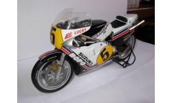 модель 1/12 гоночный мотоцикл SUZUKI - RGT500 N 5 500cc WORLD CHAMPION 1981 MARCO LUCCHINELLI Altaya металл 1:12