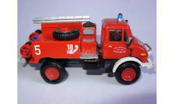 модель пожарный 1/50 Mercedes Benz MB Unimog  France смола 1:50 Mercedes-Benz Мерседес