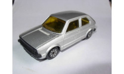 модель VW Volkswagen Golf 1/43 Norev металл