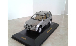 Mercedes-Benz ML500 ... (IXO) ...