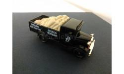 0245. Morris Truck. Corgi. 1/43. Made in UK.