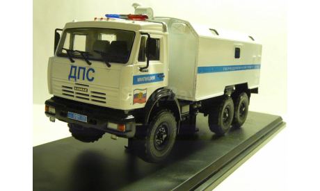 КАМАЗ 43118 Милиция ДПС Москва, масштабная модель, scale43