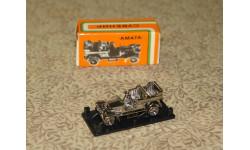 Машинка старинная в боксе с коробкой олимпийской символики (выпуск СССР) Скидка 10 % от цены на аукционе, масштабная модель, unknown, АМАТА = STRAUME = ЛАТ. ССР (Riga), 1:100, 1/100