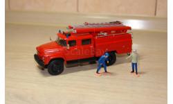 АЦ-40(130)-63Б из кита AVD, харьковская резина, с фигурками пожарных + бонус - журналы на выбор! Бесплатная пересылка по России