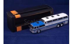 GMC Greyhound Scenicruiser 1:43 IXO-models  1:43 IXO Models