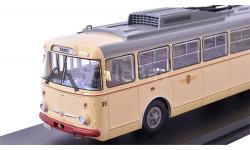 троллейбус SKODA 9TR Potsdam 1961 Beige   Premium Classixxs