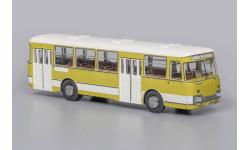 Автобус ЛиАЗ 677 Экспортный   ClassicBus, масштабная модель, scale43