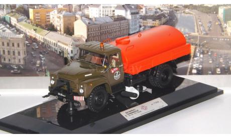 ЗИЛ ПМ-130Б Автомобиль Поливомоечный - 1978 г. Москва   DiP, масштабная модель, 1:43, 1/43, DiP Models