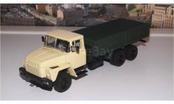КРАЗ 250 бортовой (1977-1989), бежевый / зеленый НАП