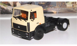 МАЗ 5432 седельный тягач (поздняя кабина, бежевый) АИСТ