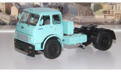 МАЗ 5428 тягач (1977г.) бирюзовый НАП