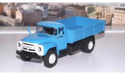 ЗИЛ 130 бортовой (ранний ) голубой Ультра