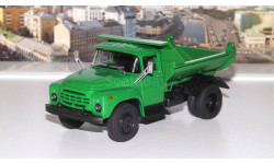 ЗИЛ ММЗ 555   зелёный   1979 г.  АИСТ