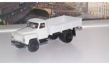 ГАЗ 52-84 бортовой, светло-серый   НАП, масштабная модель, 1:43, 1/43, Наш Автопром