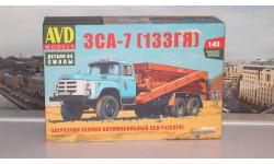 Сборная модель Загрузчик сеялок автомобильный ЗСА-7 (133ГЯ)   AVD Models KIT